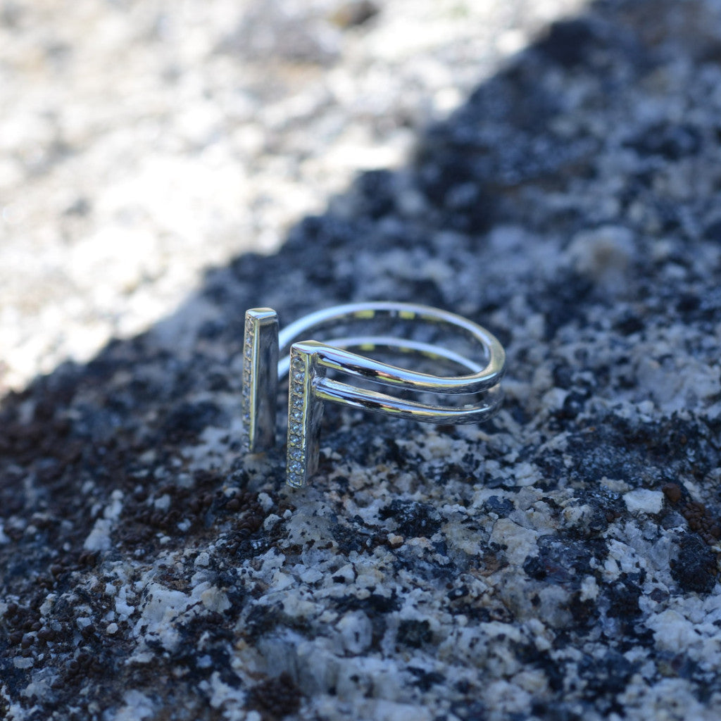 DBL VERTICAL BAR RING - SILVER + CZ