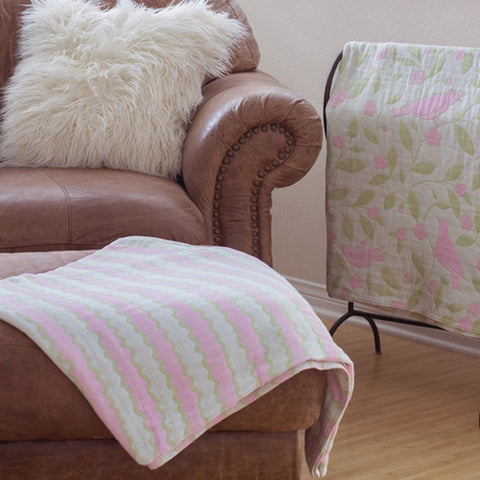 Cotton Throw/Blanket, Wave Design, Pink