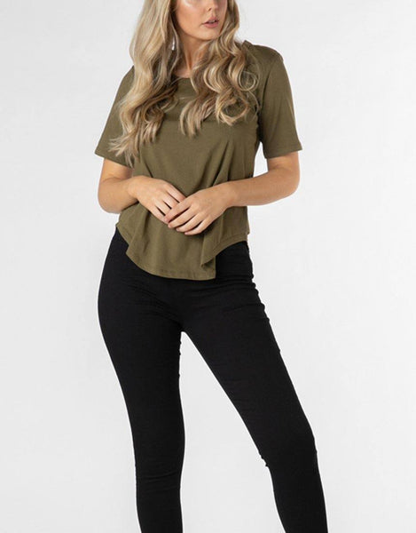 Betty Basics Essentials Ariana Tee - Khaki