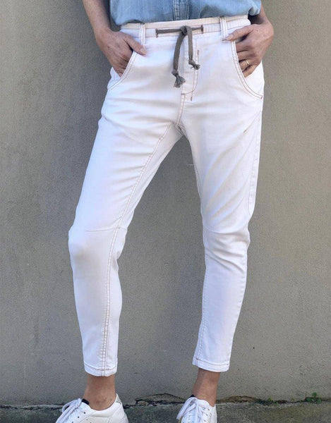 Active White Jeans