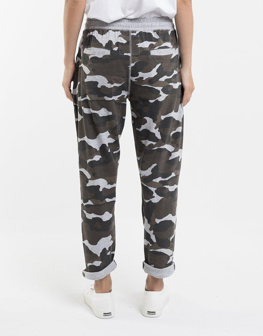Foxwood Vacation Pant - Camo