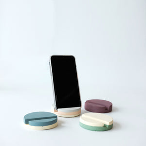 Layered Handphone Dock