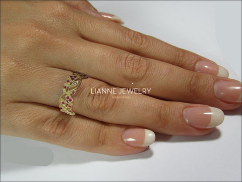 Ruby Milgrain Floral Leaves Band 18K Yellow gold with Rubies Filigree Ring Twig Ring - Lianne Jewelry