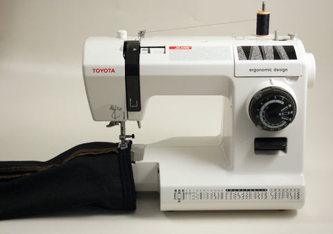 Toyota Jeans 34CT - includes 18 Sewing Foot Set + Denim Sewing Set & Extension Table