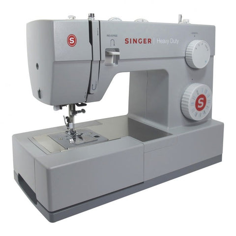 Singer Heavy Duty 4423 (with 23 stitch patterns, auto needle threader, drop feed) * Delivery due Mid-April