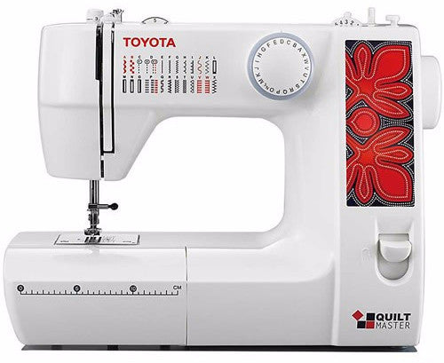 Toyota Classic Quiltmaster 226 with FREE 7 piece quilting accessory kit worth £79