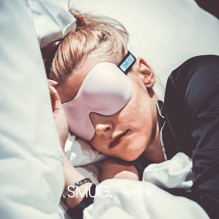 SMUG Active Contoured 3D Blackout Sleep Mask - Pink