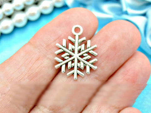 10 SILVER SNOWFLAKE WINTER Christmas pendants charms wholesale bulk - FREE SHIPPING