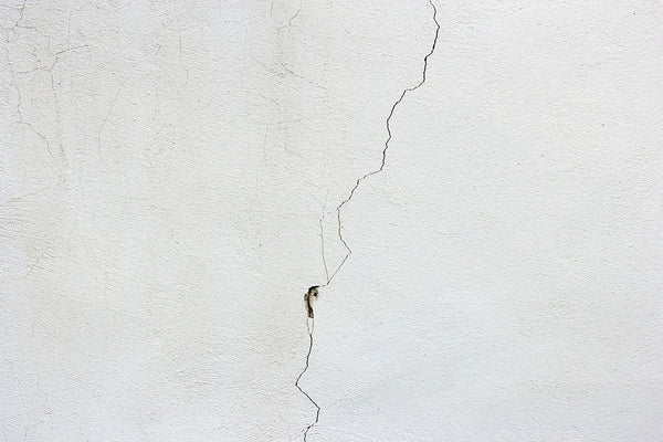 repair drywall cracks