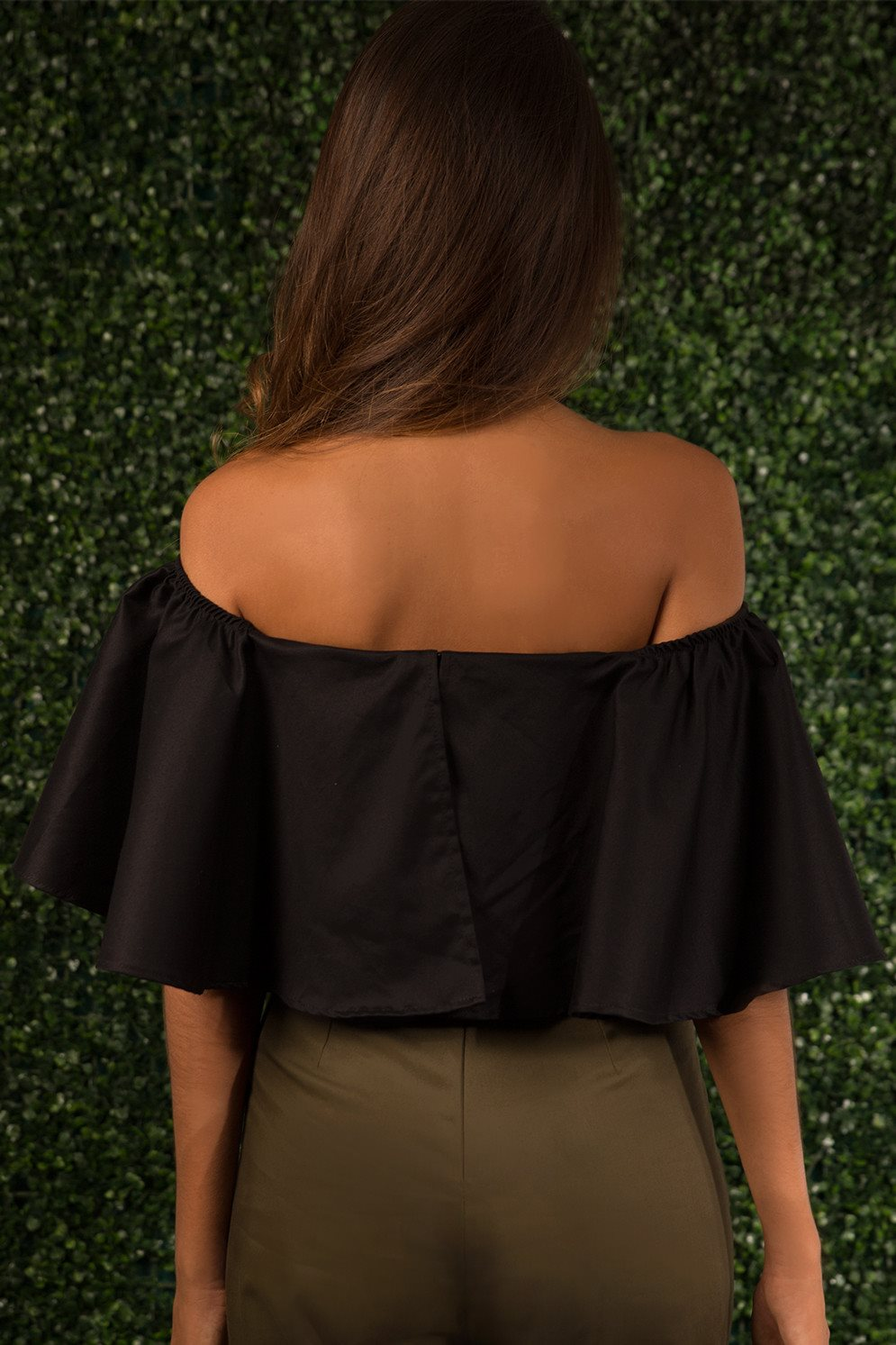 Ava Ruffled Off Shoulder Top ~ Black - L U X U R Y . I A - 3