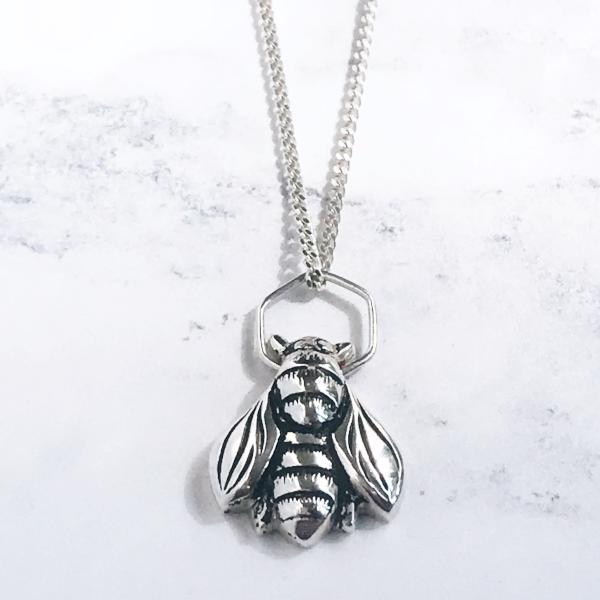 Bee necklace silver on adjustable silver chain