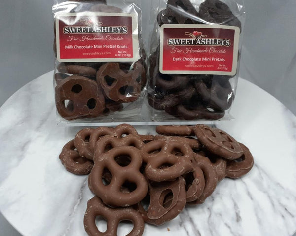 Chocolate Dipped Mini Pretzels