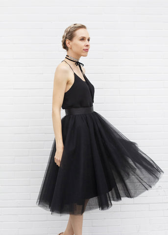 Dreamy Tulle Midi Skirt - Black