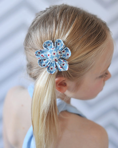 Daisy Bloom Blue Kanzashi Fabric Flower-Available in 4 Styles - Hold It!