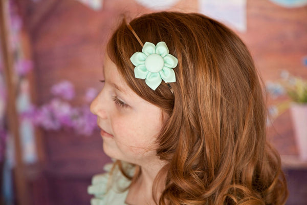 Ice Frappe Kanzashi Fabric Flower-Available in 4 Styles - Hold It!