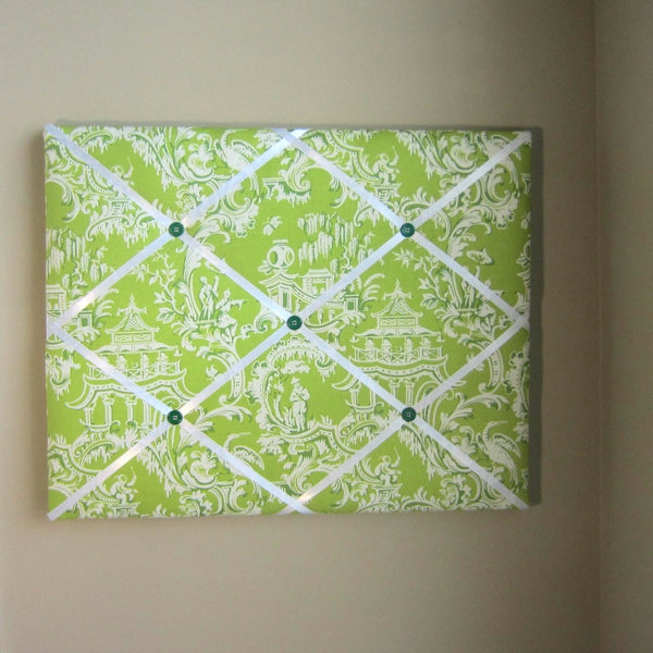"16""x20"" Memory Board or Bow Holder-Green Japanese Toile - Hold It!"
