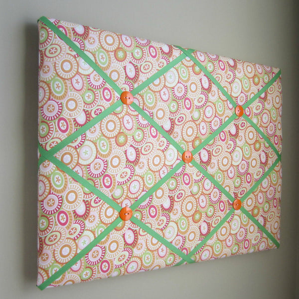 "16""x20"" Memory Board or Bow Holder-Pink Buttons - Hold It!"