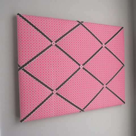 "16""x20"" Memory Board or Bow Holder-Daisy Bloom Pink - Hold It!"
