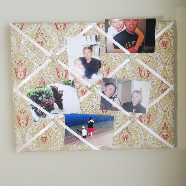 "Gold & Red Medallion-16""x20"" Memory Board or Bow Holder - Hold It!"