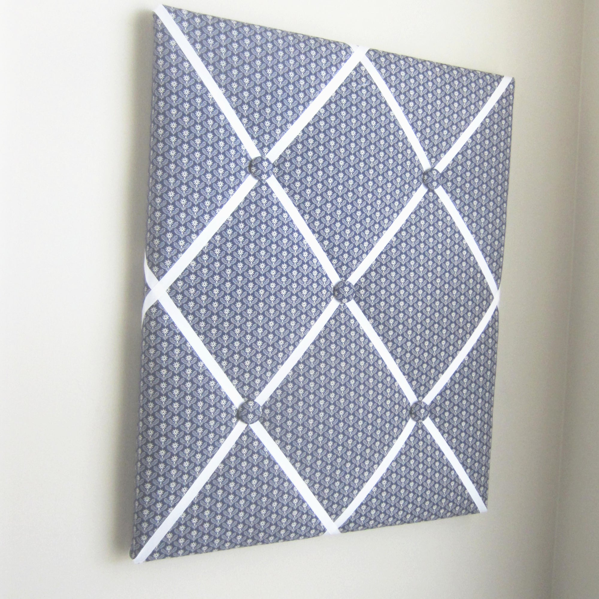 "Navy & Cream Goshen-16""x20"" Memory Board or Bow Holder - Hold It!"