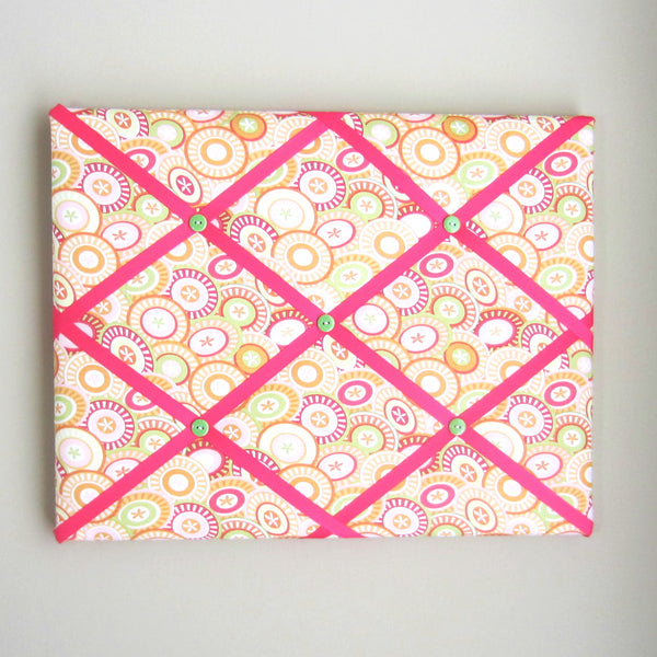 "11""x14"" Memory Board or Bow Holder-Pink, Green, Orange Buttons"