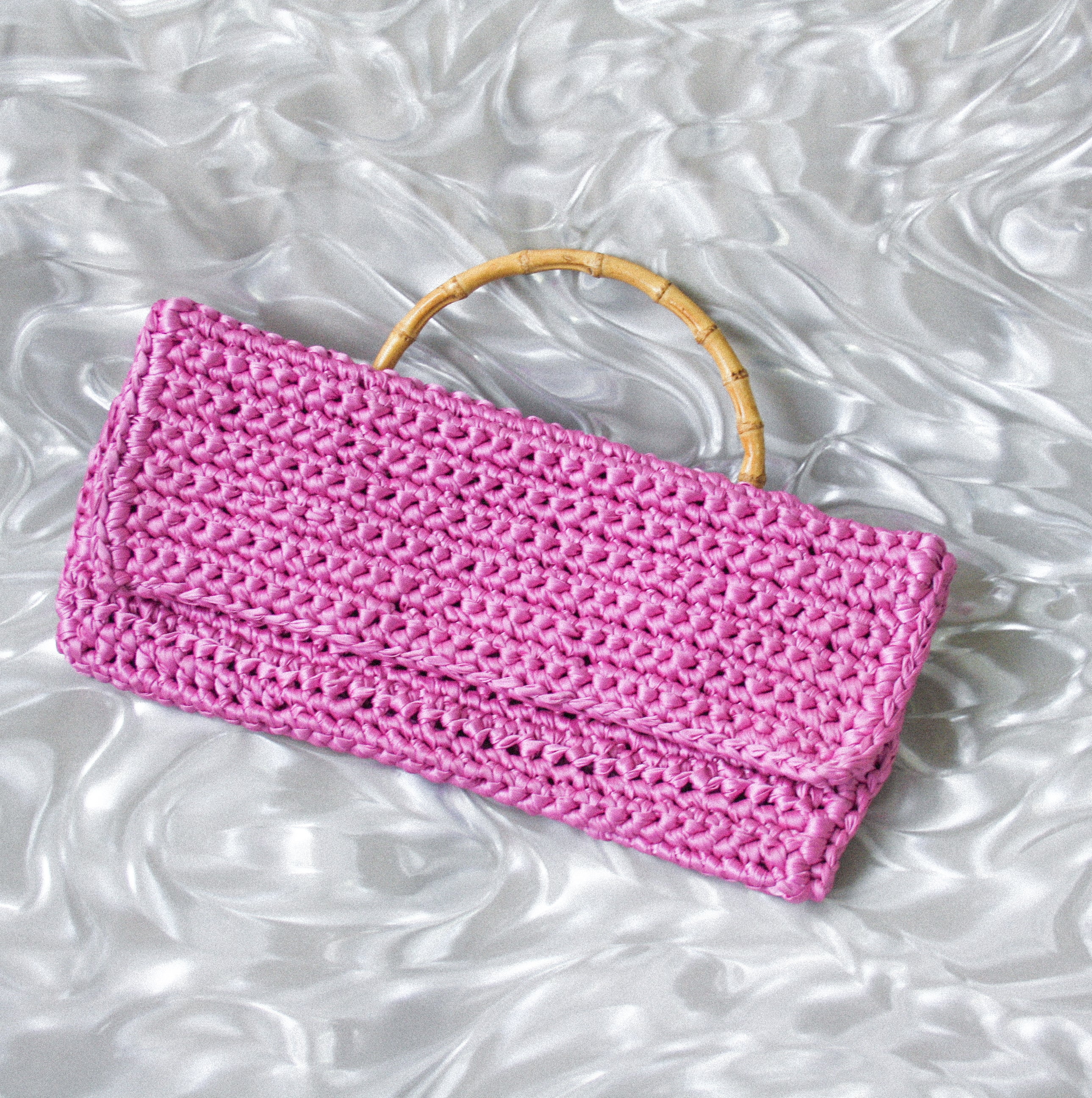 SAMPLE SALE - PINK CROCHET BAG
