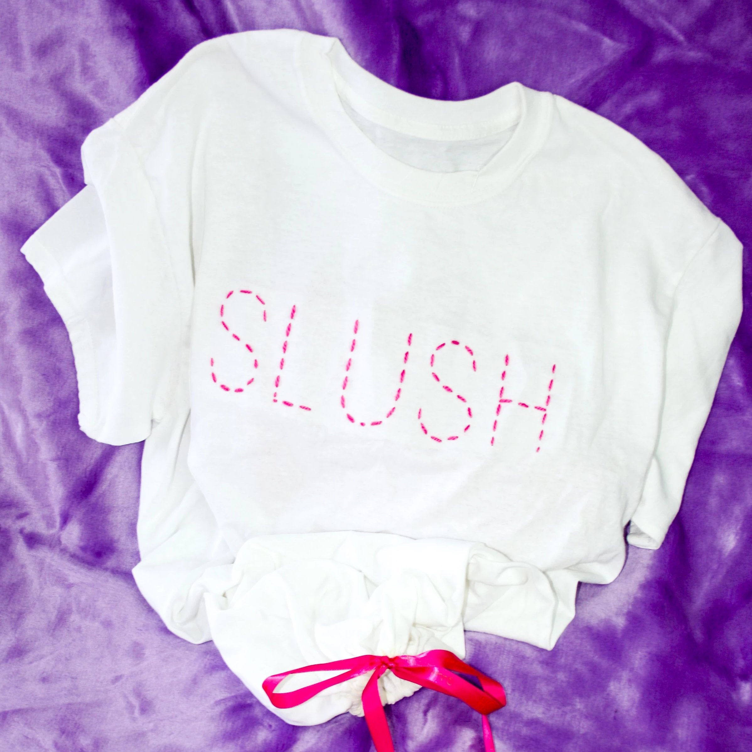 SLUSH T-SHIRT - DUST BAG