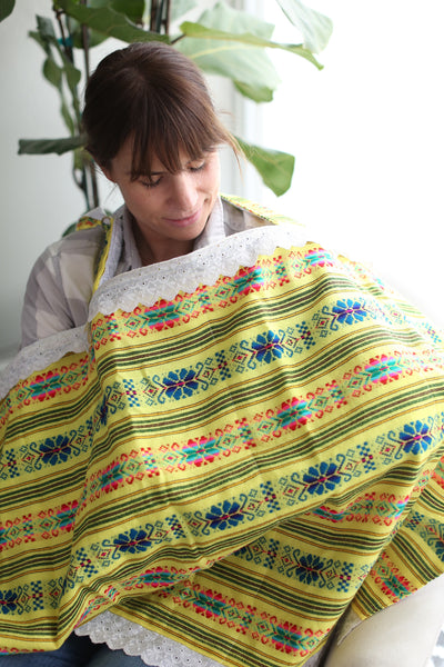 SWEET & EMBROIDERED NURSING COVER-YELLOW