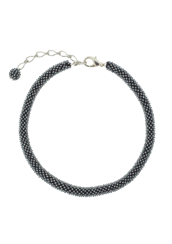<br> Roll-On® Choker <br> Shimmering Gray