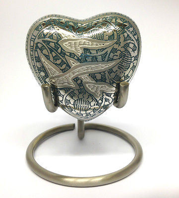 Doves Heart Keepsake Urn inc Stand and Box
