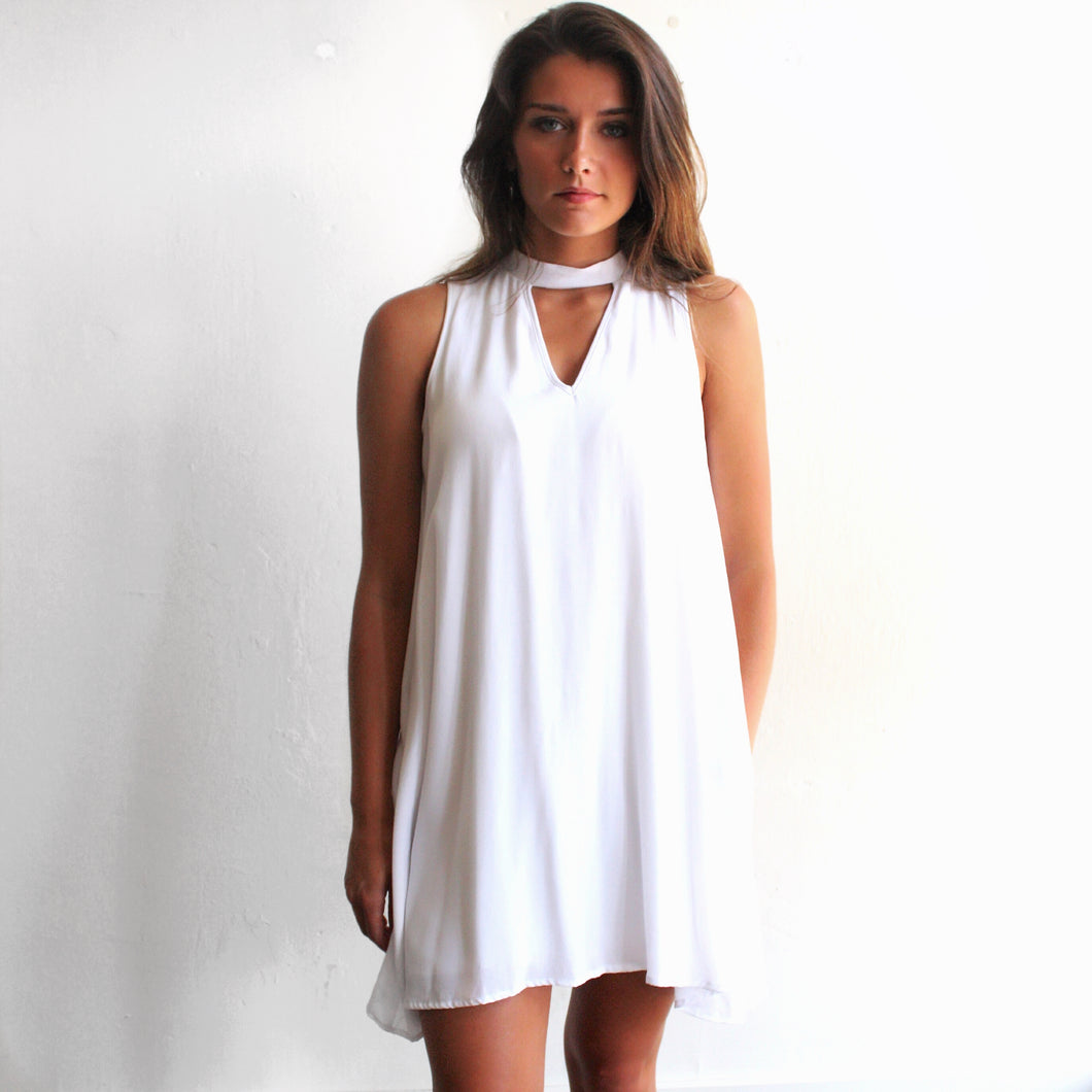 Swing Triangle Dress in White