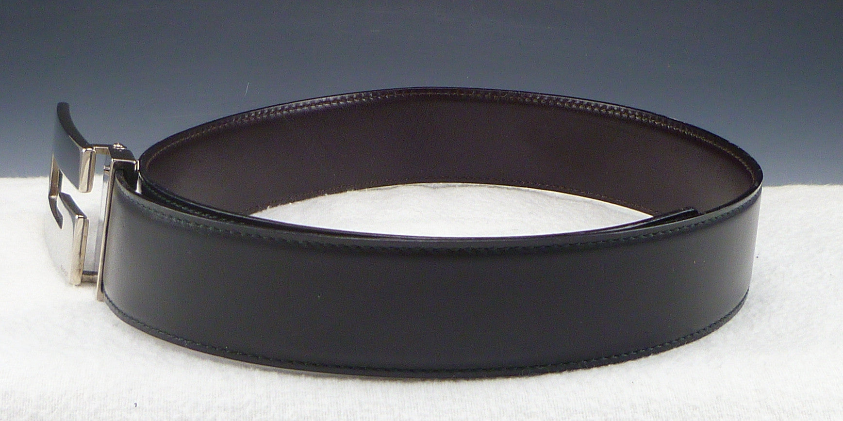 Gucci Sz 26 65 Rectangle G Buckle Belt Womens Black
