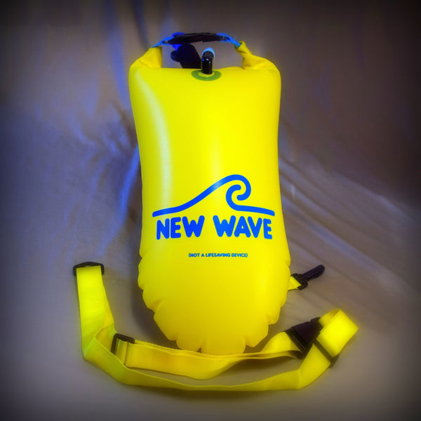 New Wave Open Water Swim Buoy - Medium (15 Liter) - PVC Yellow by New Wave Swim Buoy for Open Water Swimmers, Triathletes & SwimRun Otillo ÖTILLÖ channel swimmers