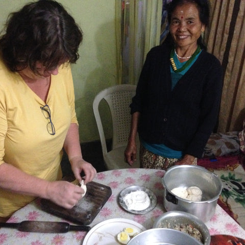 Making Roti at Makaibari
