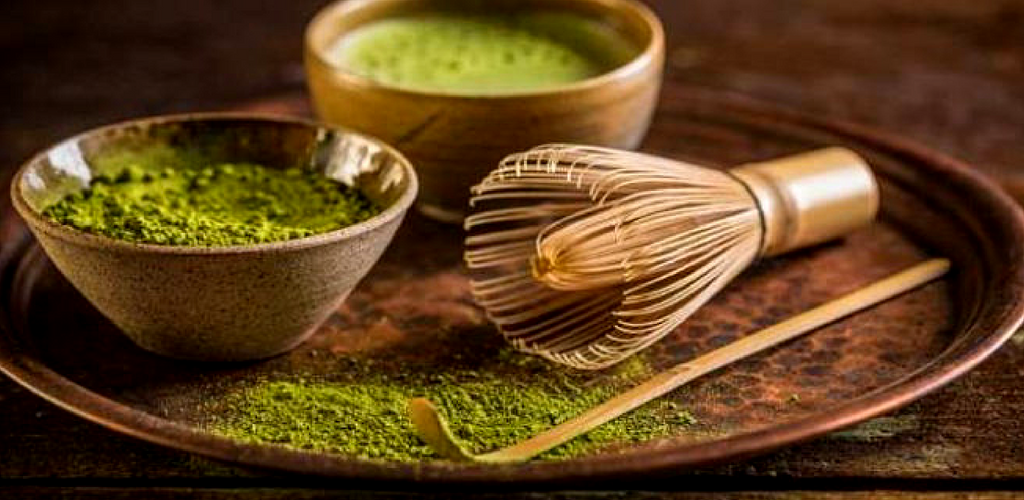 Matcha Green Tea Powder with Bowl and Whisk - Silver Tips Tea