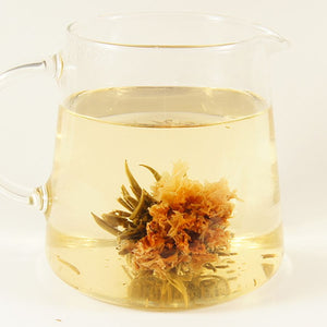 Green flowering tea with strawberry flavor