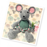 Blossom Mouse Crochet Kit Makes 1 Mouse The Crafty Kit Co