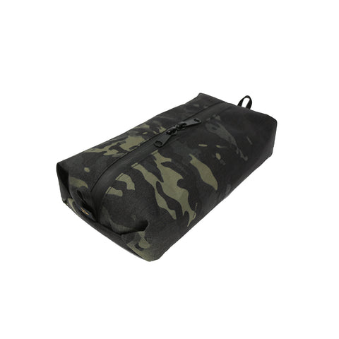 SDK_03 / Standard Dopp Kit / CAM