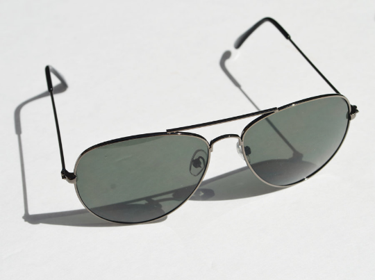 Aviator sunglasses Gunmetal accents side view