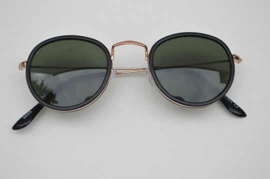 Aviator sunglasses in Black Matte round horizontal  view