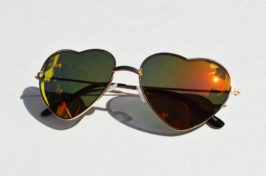 Heart Shape Sunglasses Metallic Mirrored Tinted Yellow Frames Small