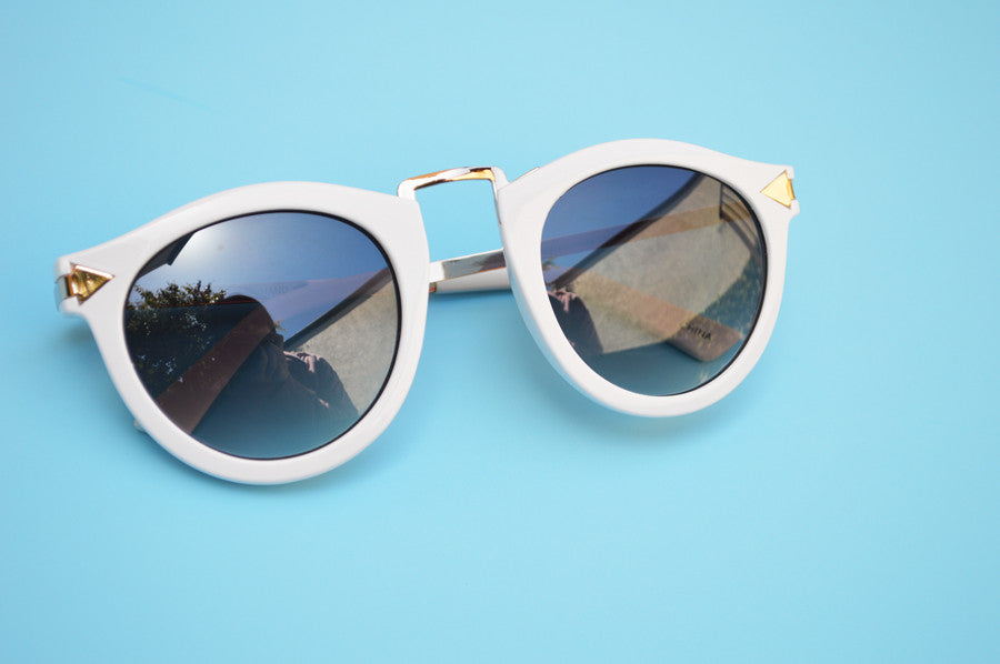 Helter Skelter Sunglasses in White side
