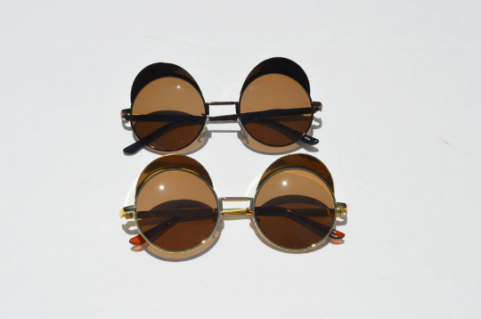 Round Steampunk Metallic Sunglasses In Gold combo view
