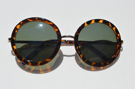 Round Tortoise Sunglasses with Gold Accents front