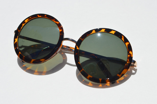 Round Tortoise Sunglasses with Gold Accents side