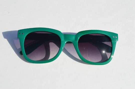 Wayfarer Green Sunglasses main view
