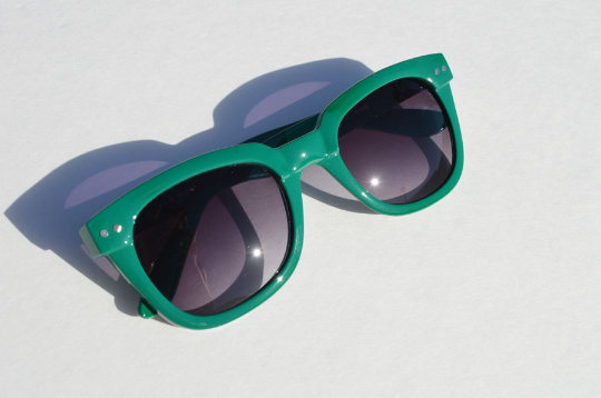 Wayfarer Green Sunglasses side view
