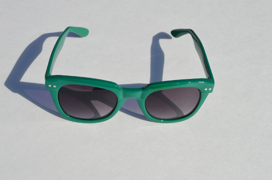 Wayfarer Green Sunglasses front view