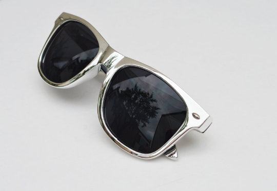 Wayfarer Round Metallic Sunglasses main view