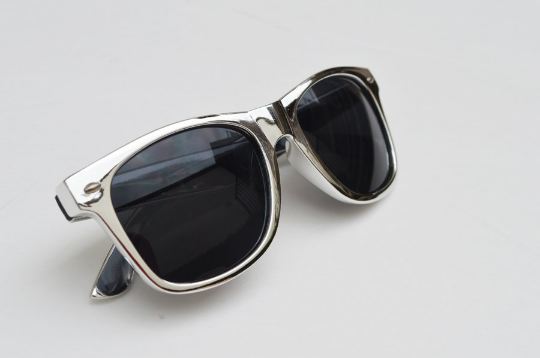 Wayfarer Round Metallic Sunglasses side view